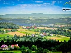 Krajobrazy z wiezy widokowej w Brusniku